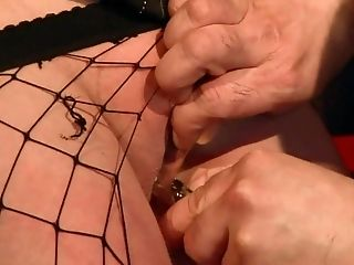 Brunette wants this cumshot sex session to last forever