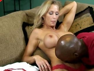 Kimmi is lucky to have a muscular ebony guy who can bang her pussy