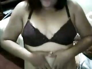 Horny Philipina mature chick shows me her tits and twat