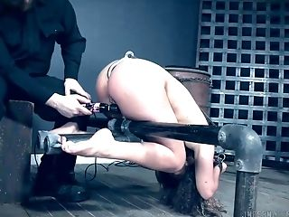 Bearded pervert is punishing twat of tied up bitch Minnow Monroe