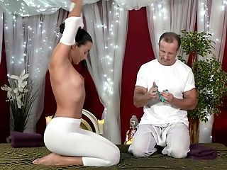 Anna Rose, Ass, Babe, Massage, Oiled, White, Young,