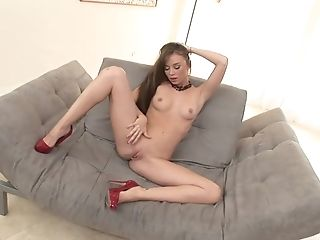 Capri Anderson Enjoys Her Fingers