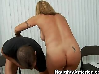 A fit blonde MILF cheats on her limp husband