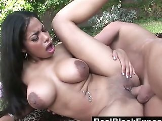 Delicious Black floozy Havana Ginger gets fucked in the garden
