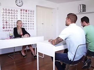 Russian driving instructor Kayla Green is having dirty sex with with student